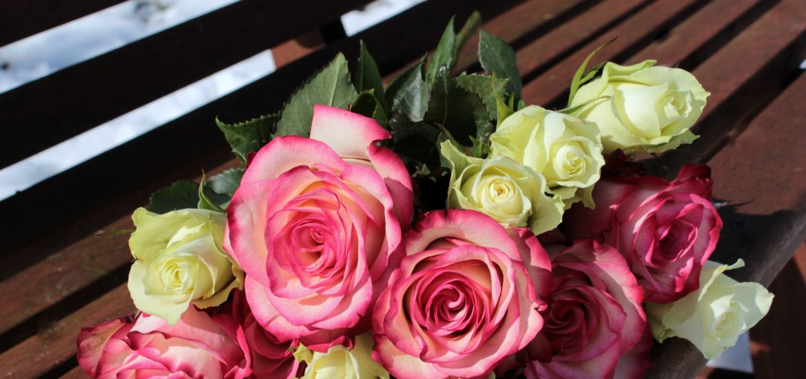 bouquet of roses 1246490 1170x550 - Planning for Mother's Day 2016